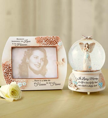 In Loving Memory Angel Snow Globe
