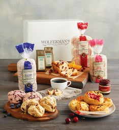 Deluxe Berry Breakfast Box